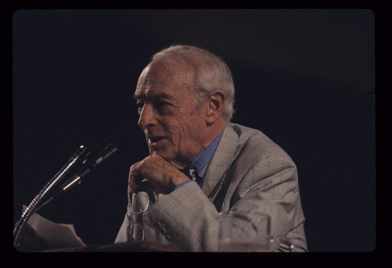 美国作家索尔·贝娄出生