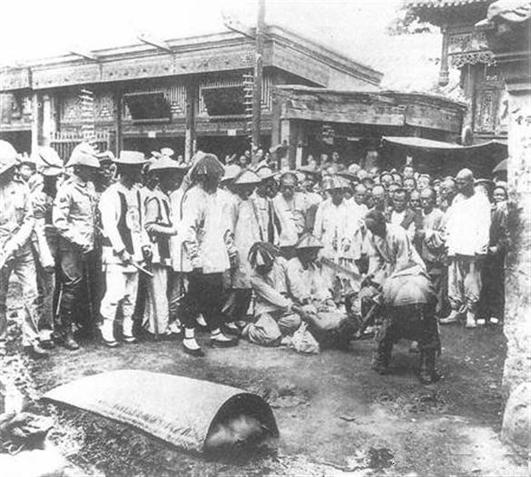 八国联军组建军事法庭斩杀中国官员