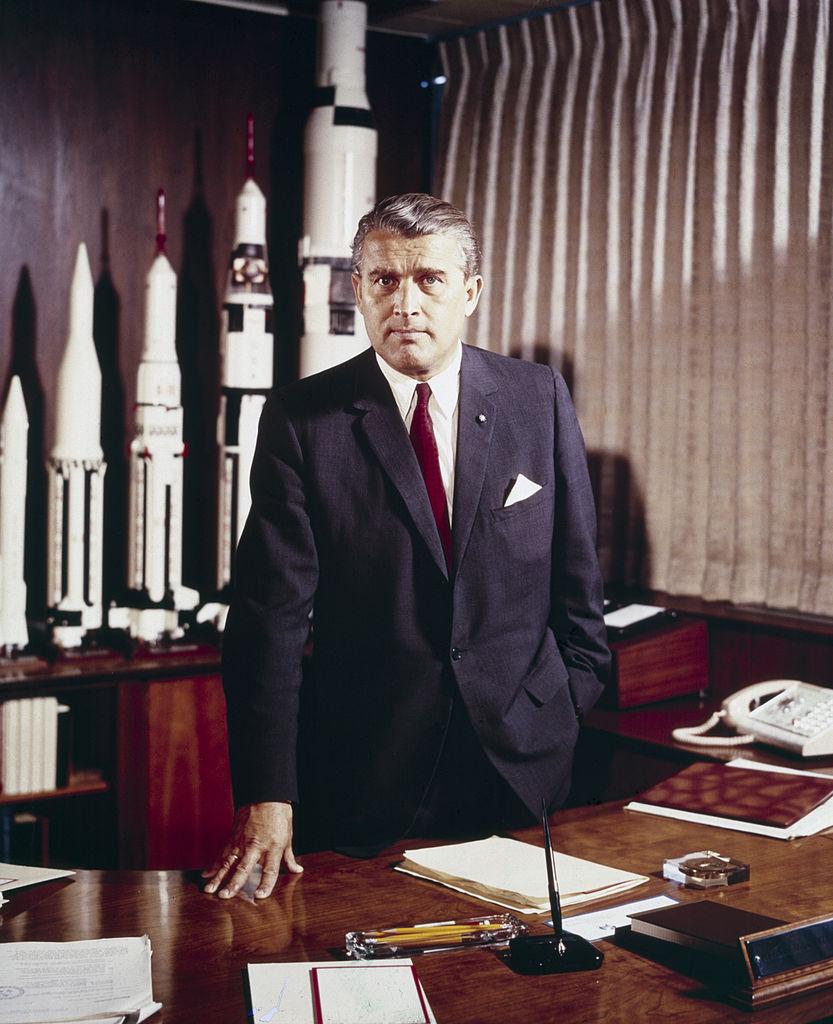 航天先驱——火箭专家冯·布劳恩去世
