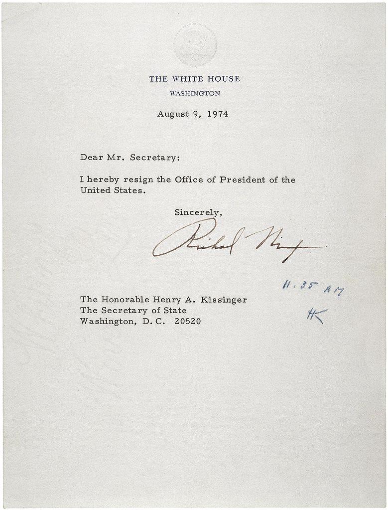 尼克松因水门事件辞职