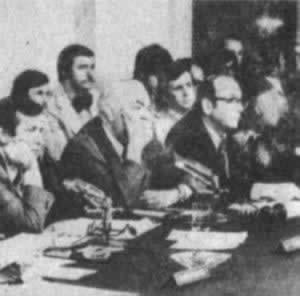 美参议院专门小组开始水门事件听证会