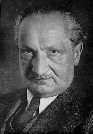 德国哲学家海德格尔逝世