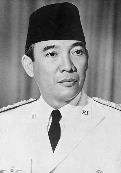 印尼共和国的首任总统苏加诺逝世
