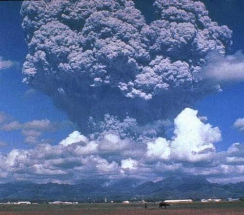 皮纳图博火山爆发